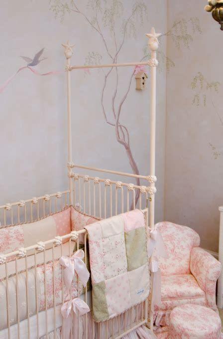 Beautiful Shabby Chic Baby Bedroom Ideas 26