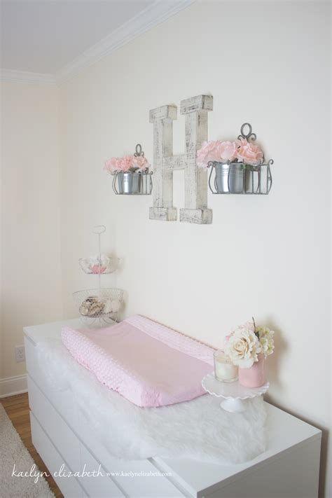 Beautiful Shabby Chic Baby Bedroom Ideas 29