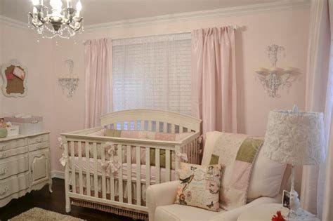 Beautiful Shabby Chic Baby Bedroom Ideas 34