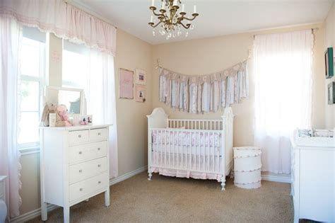 Beautiful Shabby Chic Baby Bedroom Ideas 38