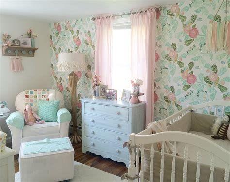 Beautiful Shabby Chic Baby Bedroom Ideas 41