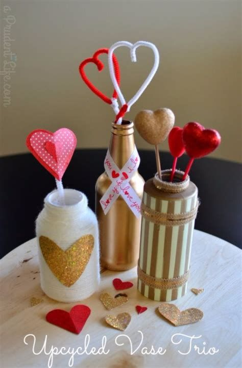 Classy Inexpensive Valentine Decorations Ideas 23