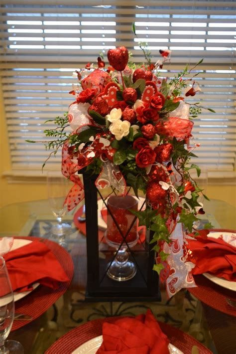 Classy Inexpensive Valentine Decorations Ideas 31
