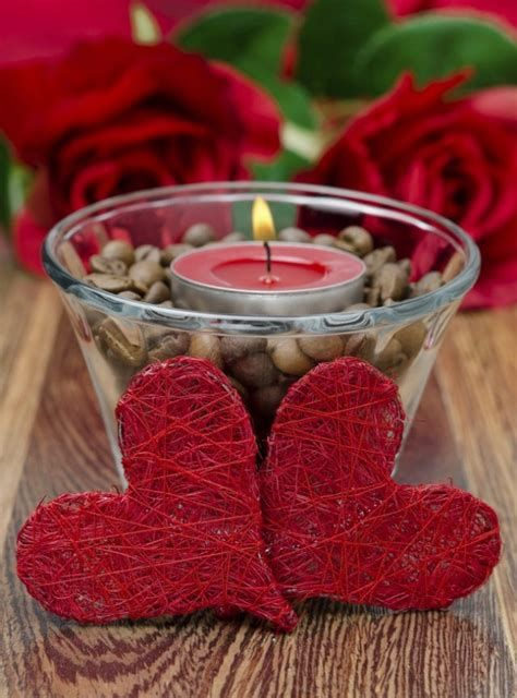 Classy Inexpensive Valentine Decorations Ideas 41