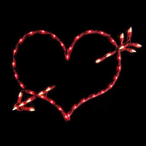 Comfy Lighted Valentine Window Decorations Ideas 15