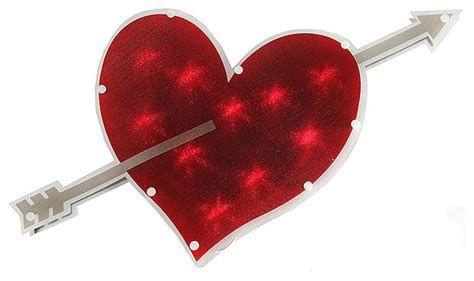 Comfy Lighted Valentine Window Decorations Ideas 31