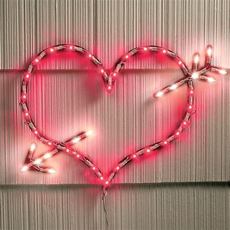 Comfy Lighted Valentine Window Decorations Ideas 41