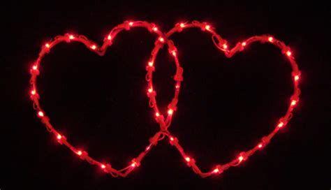 Comfy Lighted Valentine Window Decorations Ideas 45