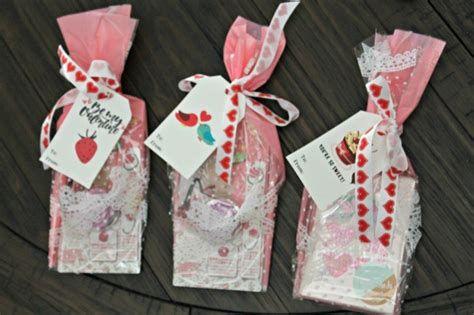 Cool Printable Valentine Bag Decorations Ideas 02