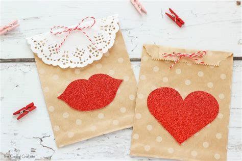 Cool Printable Valentine Bag Decorations Ideas 03