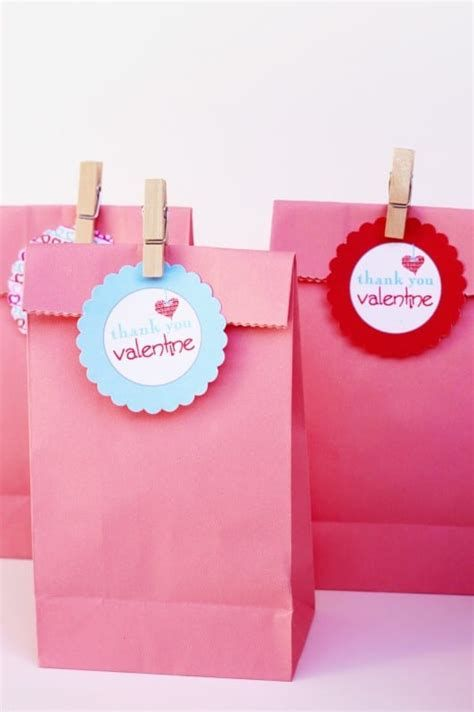 Cool Printable Valentine Bag Decorations Ideas 15
