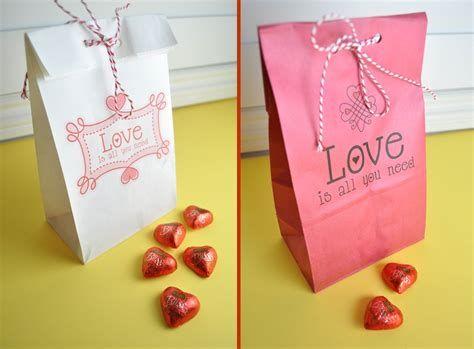 Cool Printable Valentine Bag Decorations Ideas 20