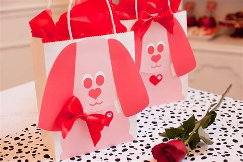 Cool Printable Valentine Bag Decorations Ideas 22