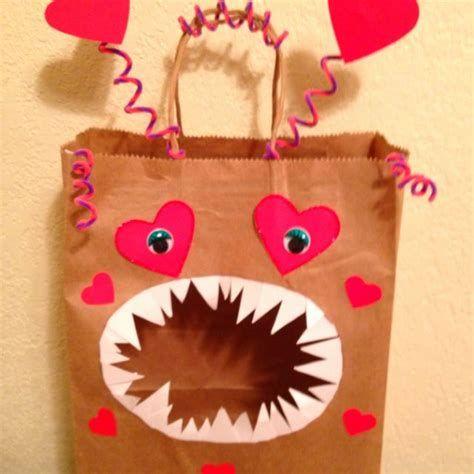 Cool Printable Valentine Bag Decorations Ideas 29