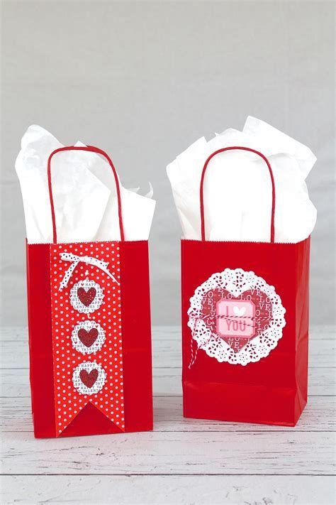 Cool Printable Valentine Bag Decorations Ideas 31