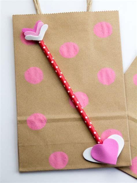 Cool Printable Valentine Bag Decorations Ideas 43