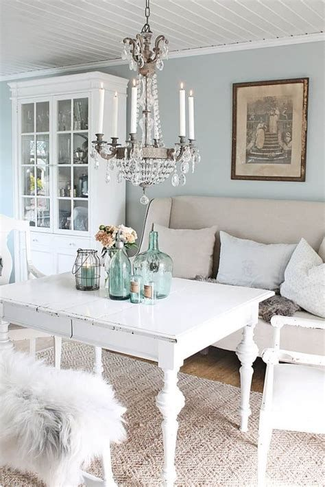 Cozy Shabby Chic Cafe Furniture Ideas 19