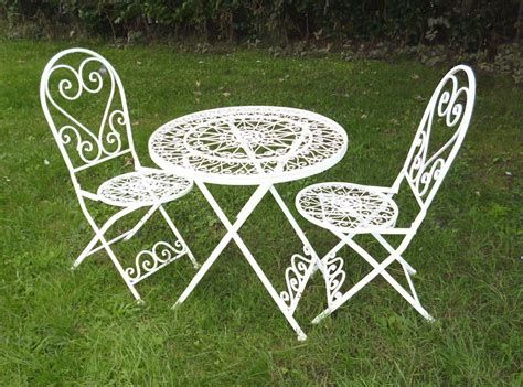 Cozy Shabby Chic Cafe Furniture Ideas 24