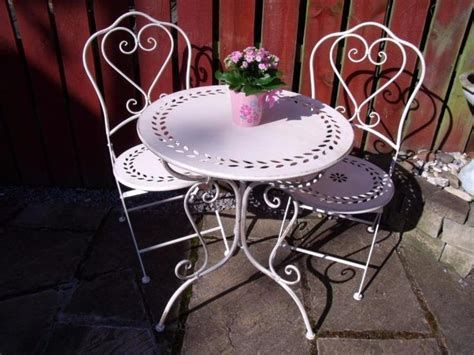 Cozy Shabby Chic Cafe Furniture Ideas 34