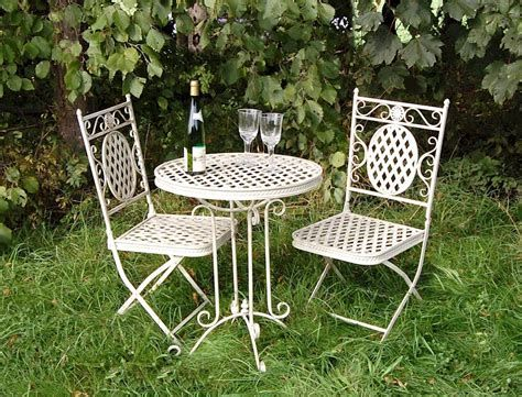 Cozy Shabby Chic Cafe Furniture Ideas 35