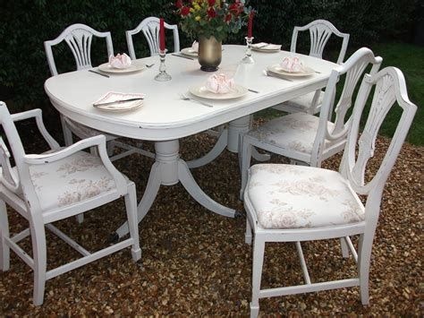 Cozy Shabby Chic Cafe Furniture Ideas 39