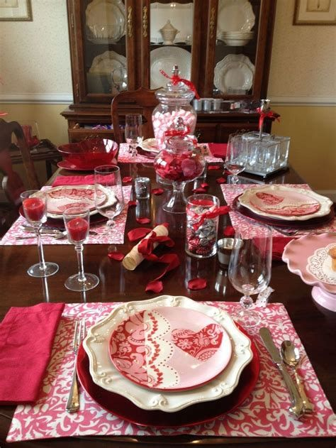 Easy Valentine Dinner Table Decorations Ideas 01