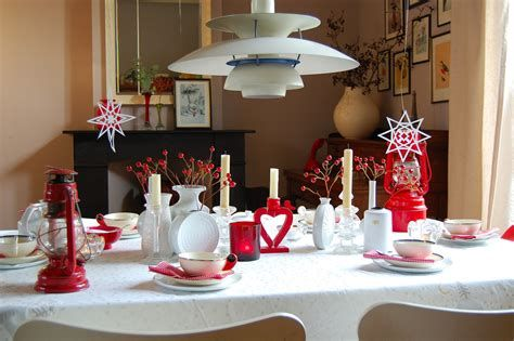Easy Valentine Dinner Table Decorations Ideas 02