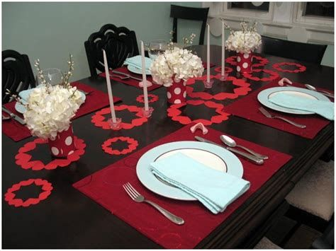 Easy Valentine Dinner Table Decorations Ideas 06