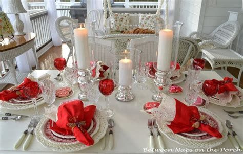 Easy Valentine Dinner Table Decorations Ideas 07