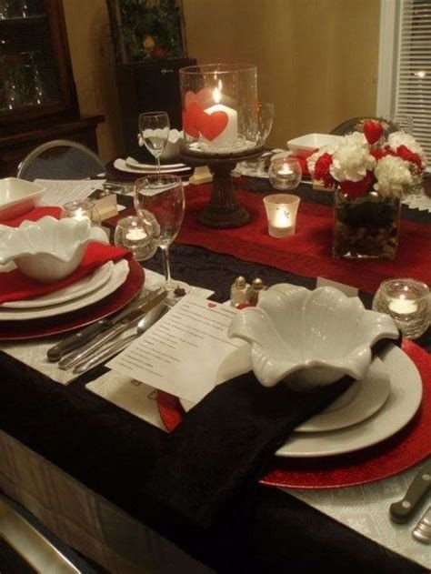 Easy Valentine Dinner Table Decorations Ideas 08