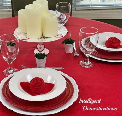 Easy Valentine Dinner Table Decorations Ideas 10