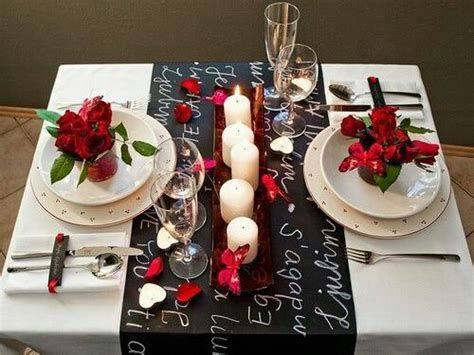 Easy Valentine Dinner Table Decorations Ideas 13