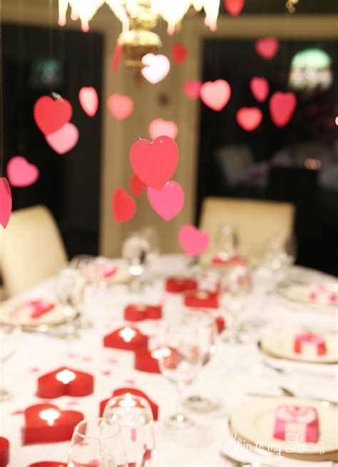 Easy Valentine Dinner Table Decorations Ideas 19