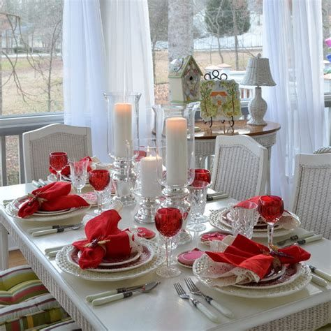 Easy Valentine Dinner Table Decorations Ideas 30