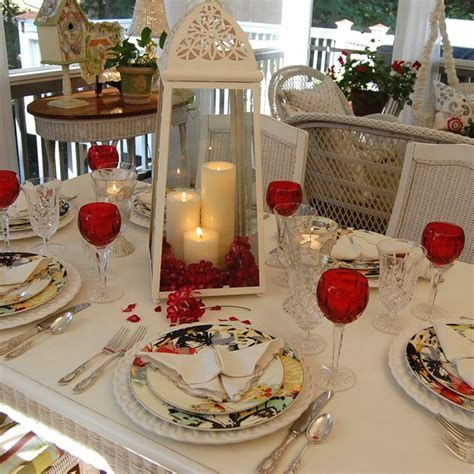 Easy Valentine Dinner Table Decorations Ideas 40