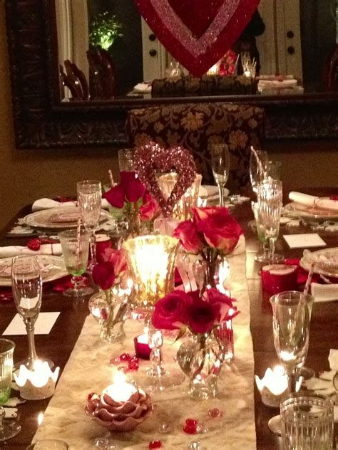 Easy Valentine Dinner Table Decorations Ideas 42