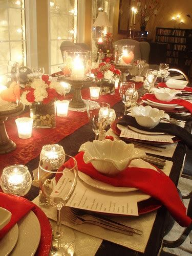 Easy Valentine Dinner Table Decorations Ideas 45