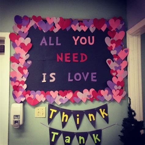 Easy Valentines Board Decorations Ideas 04