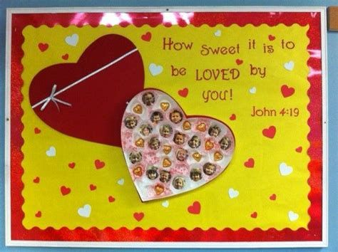 Easy Valentines Board Decorations Ideas 05