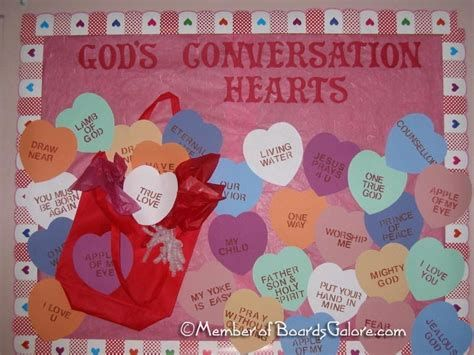 Easy Valentines Board Decorations Ideas 11