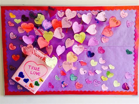 Easy Valentines Board Decorations Ideas 21