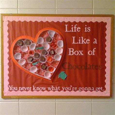 Easy Valentines Board Decorations Ideas 31