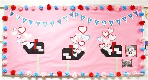 Easy Valentines Board Decorations Ideas 32