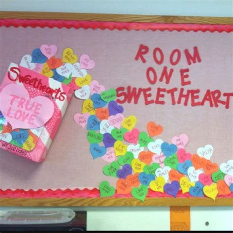 Easy Valentines Board Decorations Ideas 39
