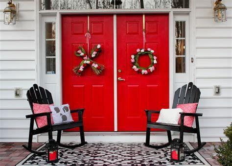Gorgeous Valentines Day Porch Decor Ideas 05
