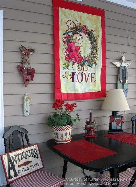 Gorgeous Valentines Day Porch Decor Ideas 07