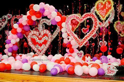 Gorgeous Valentines Stage Decoration Ideas 40