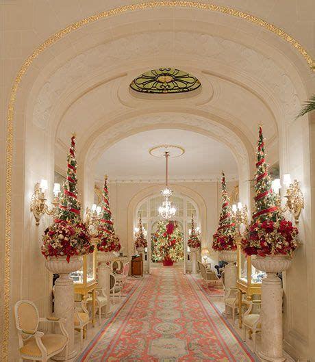 Impressive Valentines Day Hotel Lobby Decorations Ideas 03