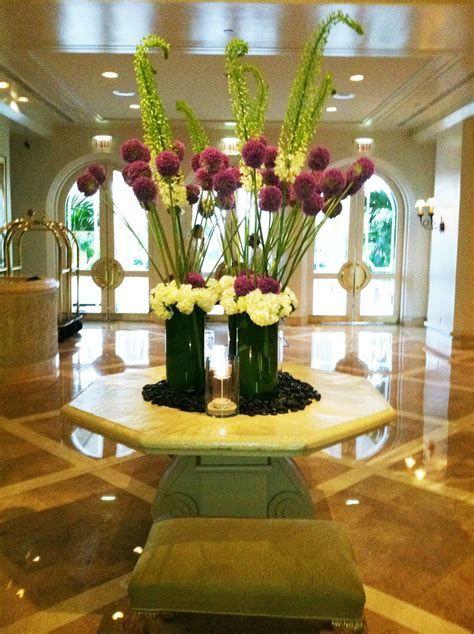 Impressive Valentines Day Hotel Lobby Decorations Ideas 06