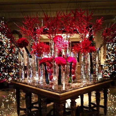 Impressive Valentines Day Hotel Lobby Decorations Ideas 22